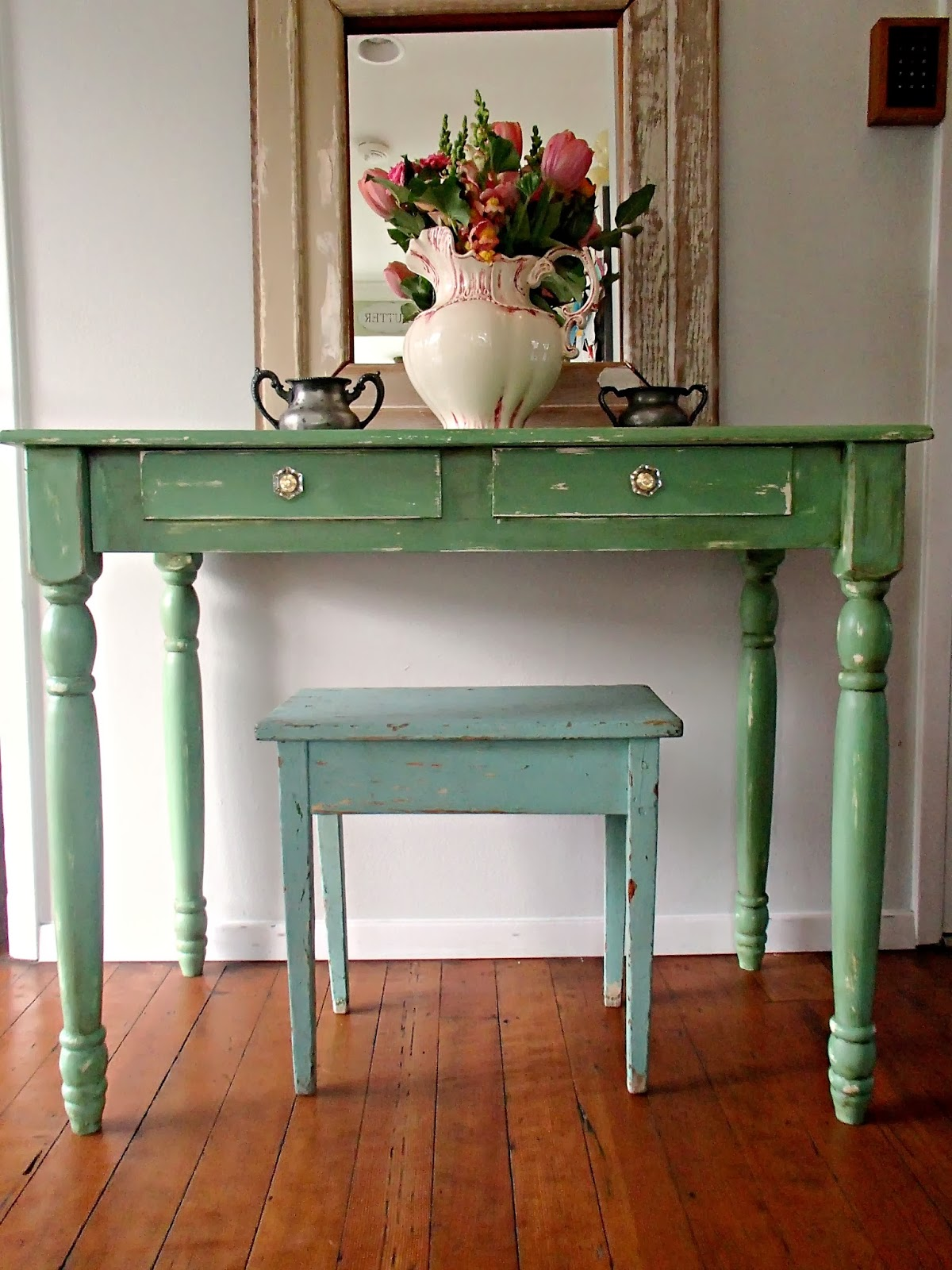 I love a green piece of furniture! - D.D.'s Cottage And Design: Vintage Green Farm Desk