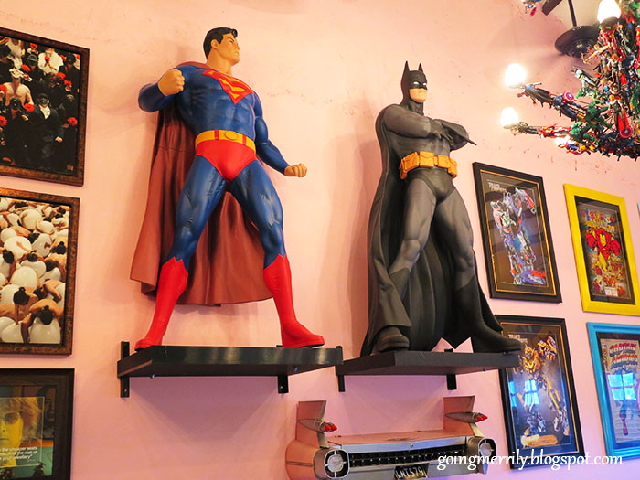 superman vs batman figurines