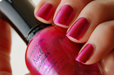 Kleancolor Metallic Pink, a beautiful pink/cerise/magenta colored nail polish