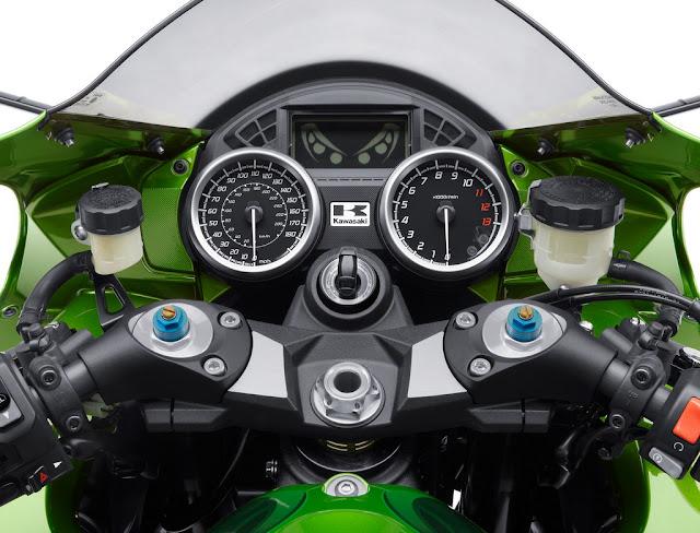 2012_Kawasaki_Ninja_ZX14R_Tachometer