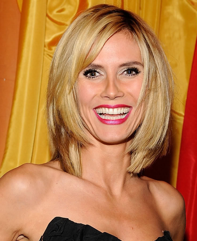 Hairstyles Popular 2012 Layered Blonde Bob Hairstyle Pictures