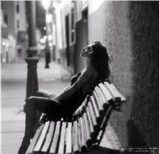 No me agas esperarte, porque cada segundo que no estoy contigo, me voy muriendo poco a poco