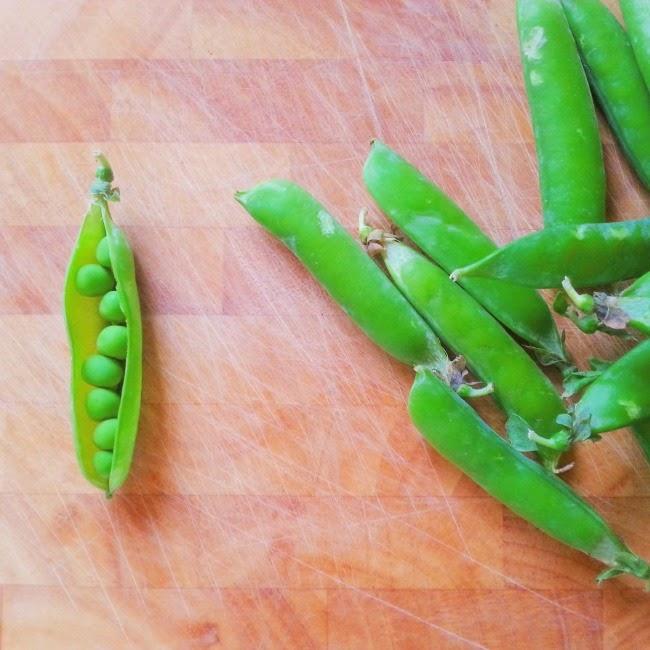 Prawn and Pea Pastotto:  Podding Fresh Peas