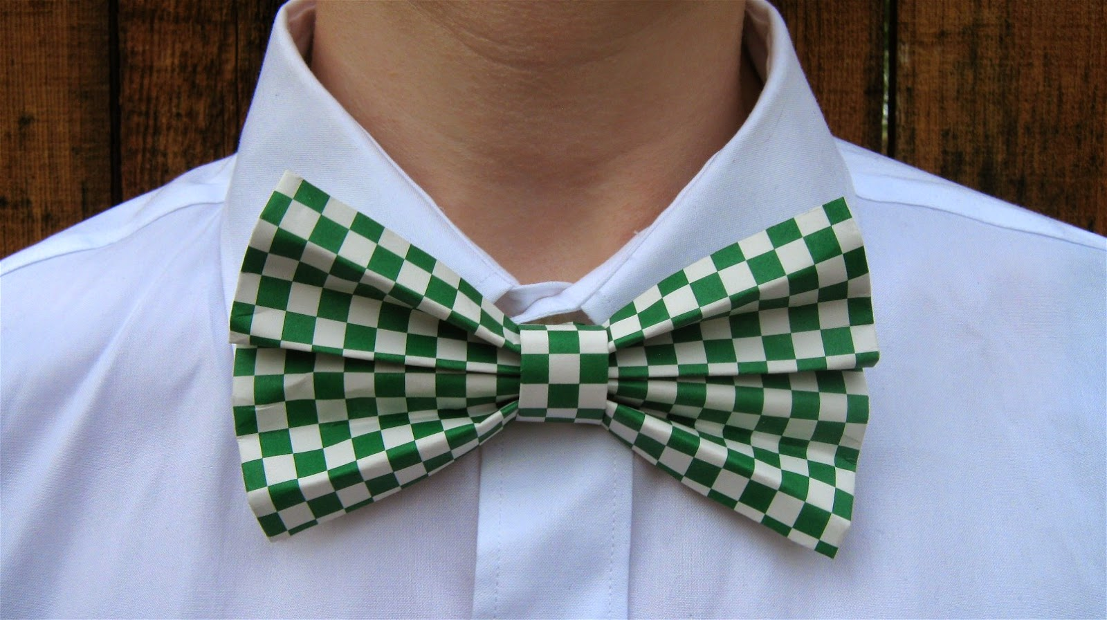 how to fold a Father's Day bow tie