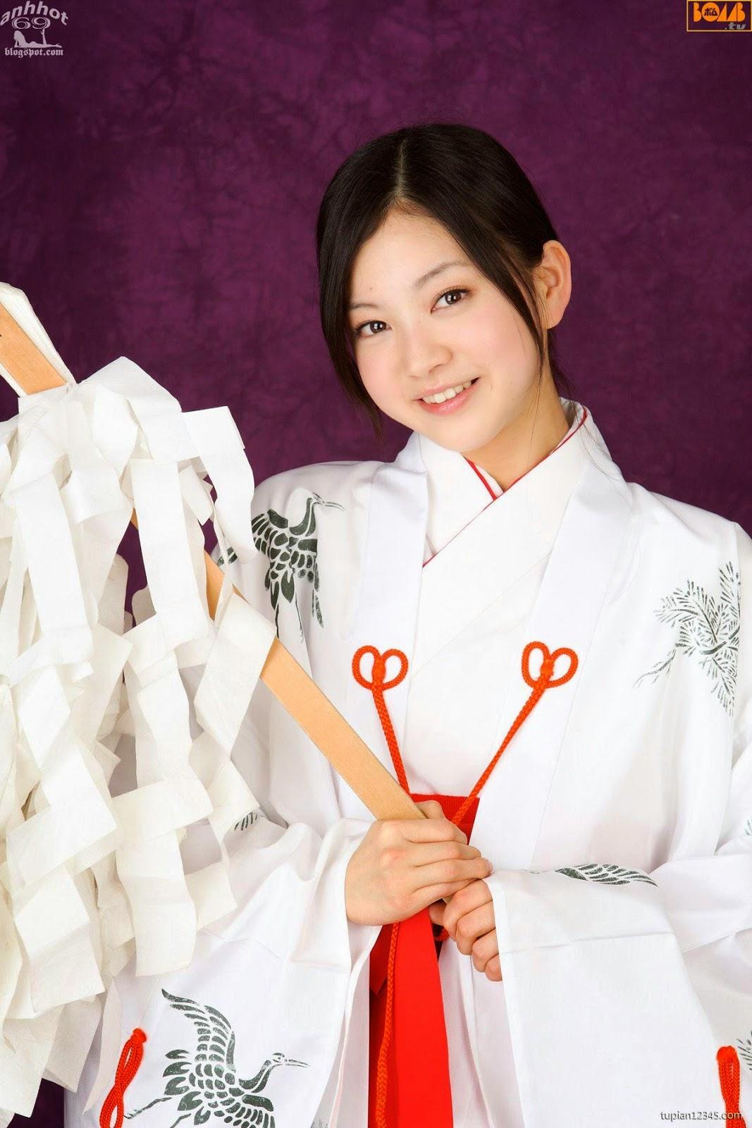 maari-nakashima_1-110F5105440