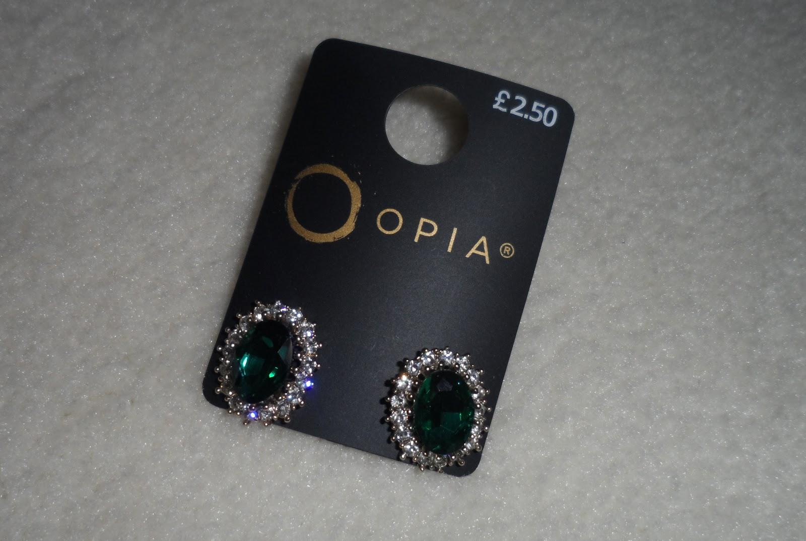 Emerald Colour Earrings 2 50
