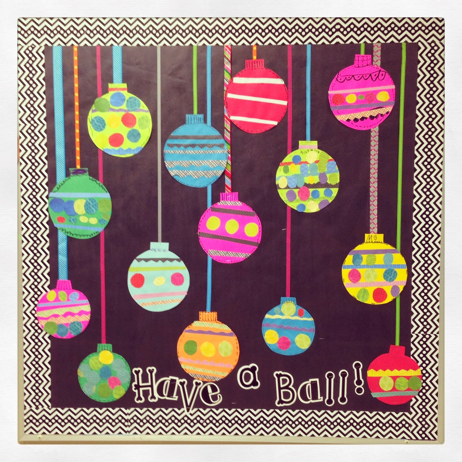 Classroom Ornament Ideas ~ First grade blue skies easy ornament bulletin board