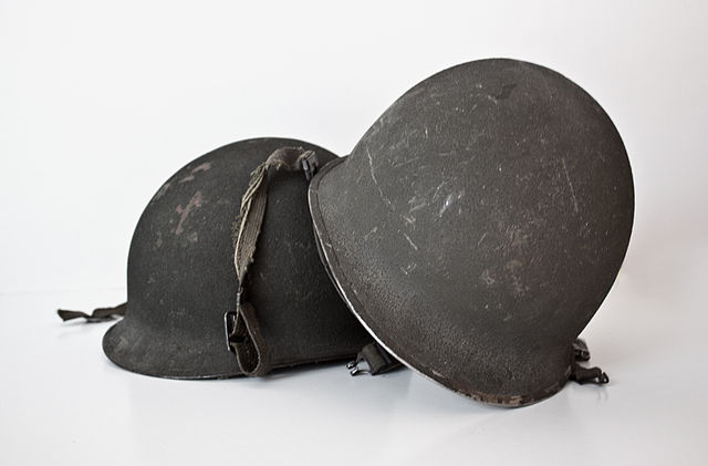 Casco de soldados argentinos que usaron en malvinas