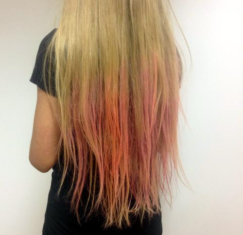 pink-dip-dye-hair-hair-colour-spray