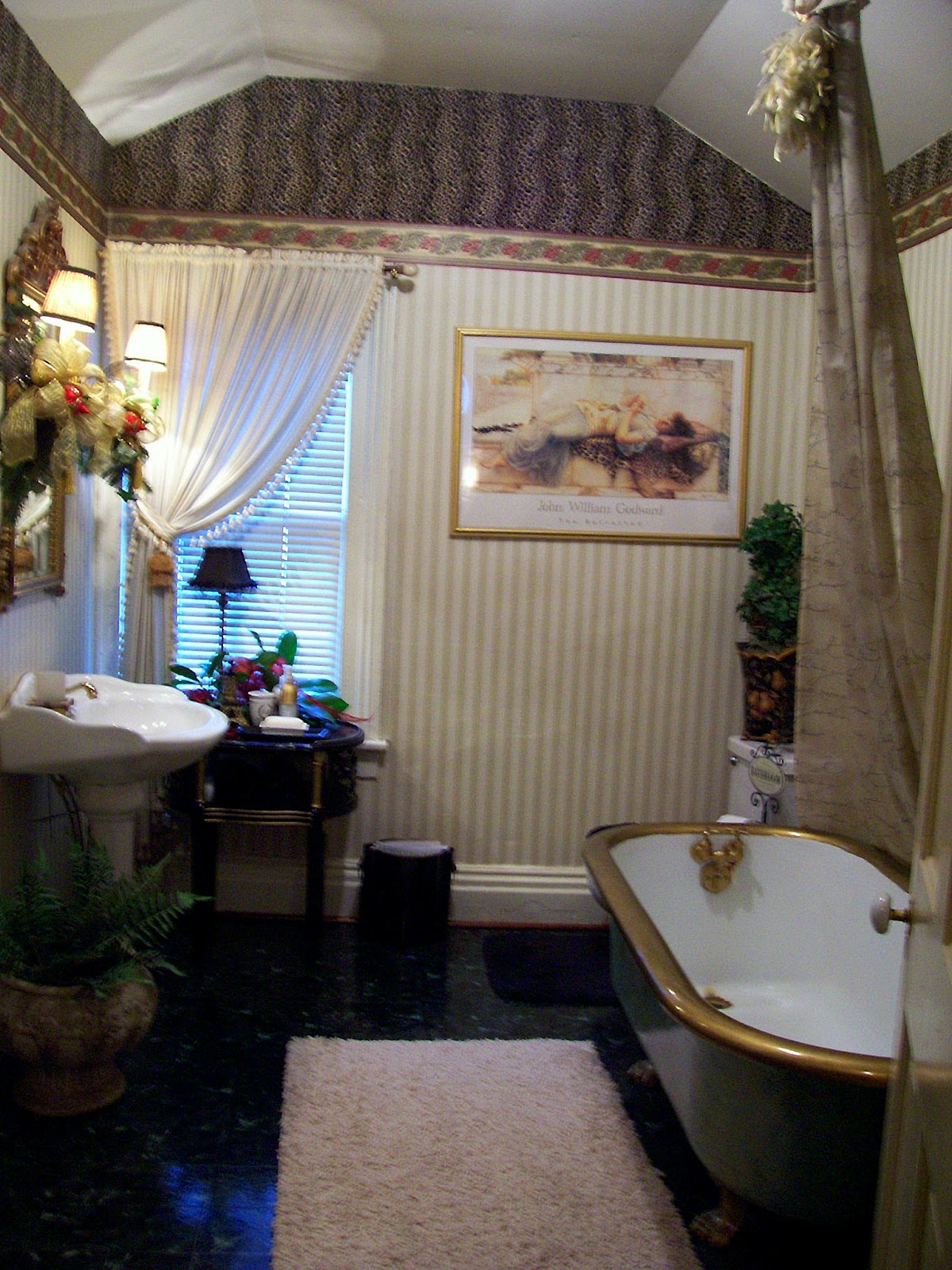 http://4.bp.blogspot.com/-iexjeEzF2LM/T8rZK-_s7BI/AAAAAAAAAfM/BtXo_9typaY/s1600/(Number%2B1)Bathroom%2B2.JPG