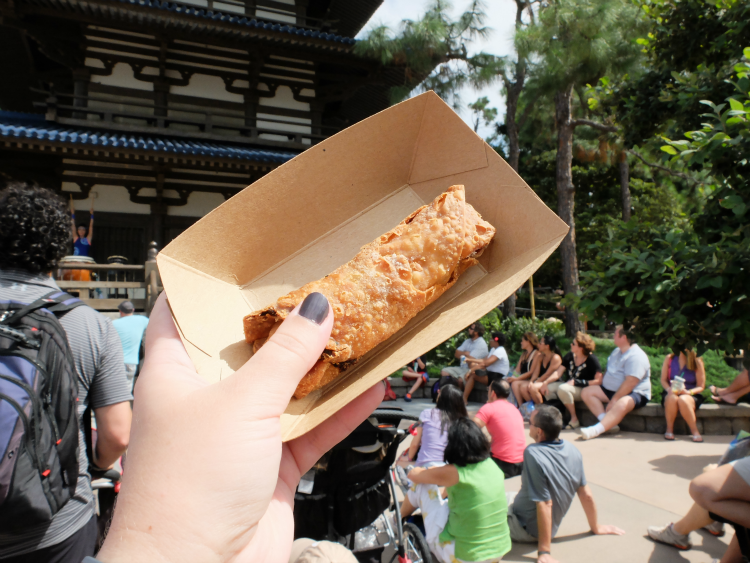 Walt Disney World's Epcot, Food & Wine Festival, Morocco's harissa chicken roll