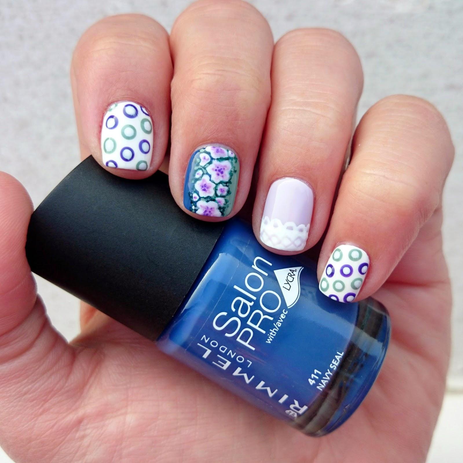 Dahlia Nails: Goddess