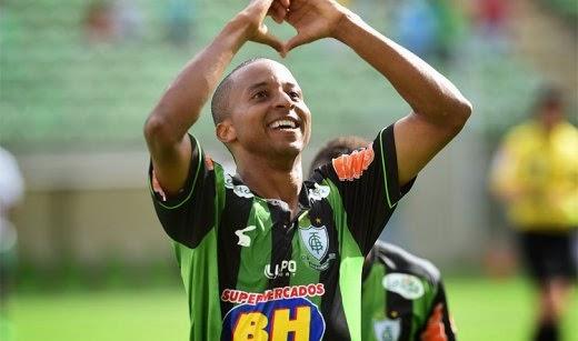 Bahia acerta contratação de Williams Santana