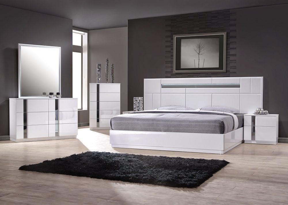 italian bedroom furniture 2014. Flat Form Modern Bed Design Comes With Various Colors If You Want To Look Unique And Futuristic Is Let\u0027s At The Following Example Of Italian Bedroom Furniture 2014