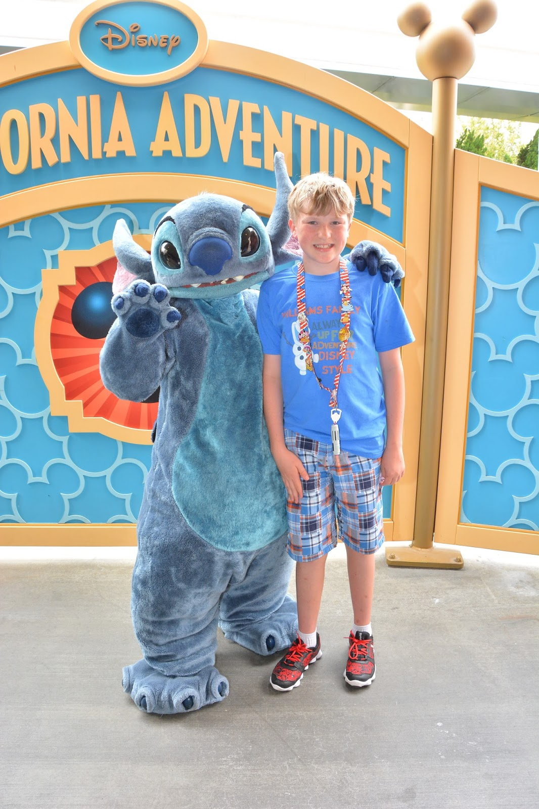 Williams family california adventure character interactions stitch was one of the characters in the disney visa card rotation ill write more about this perk in another post m4hsunfo