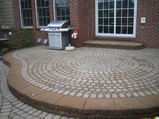 Brick PaversCantonPlymouthNorthvilleAnn ArborPatioPatios - Patio repairs