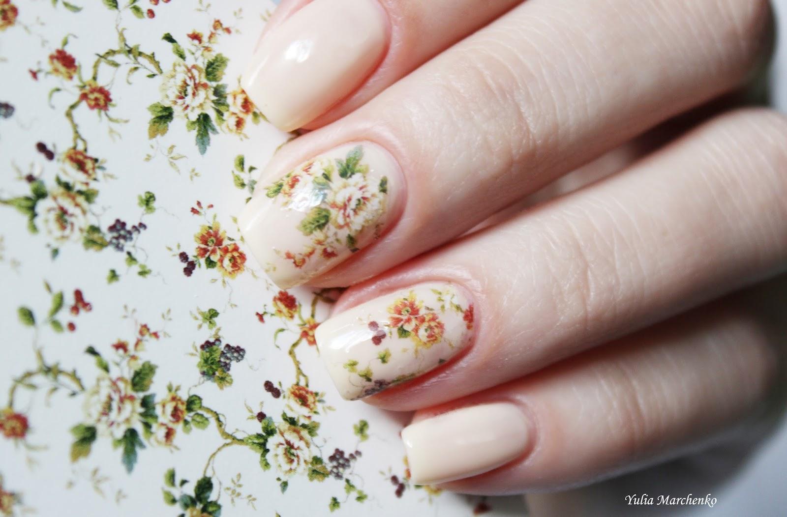Фото слайдов на ногтях