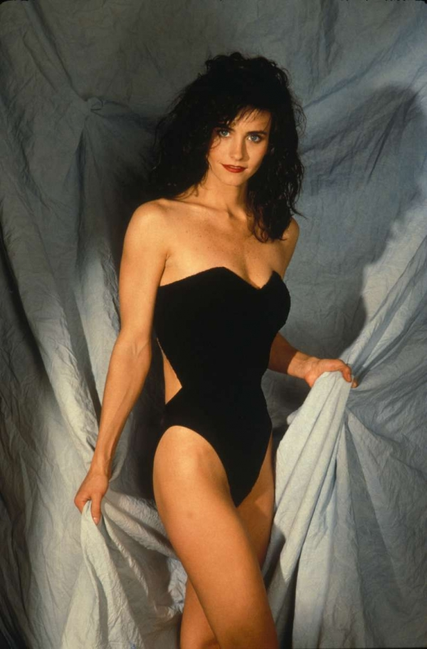ACTRESS LATEST PHOTO VIDEO SHOW: Courteney Cox Photos