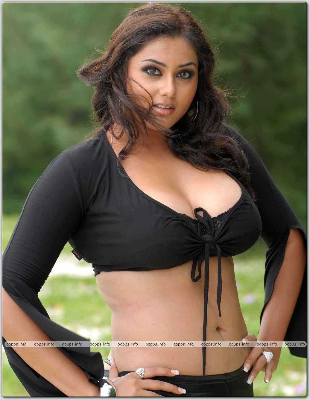 Namita Hot Pictures9