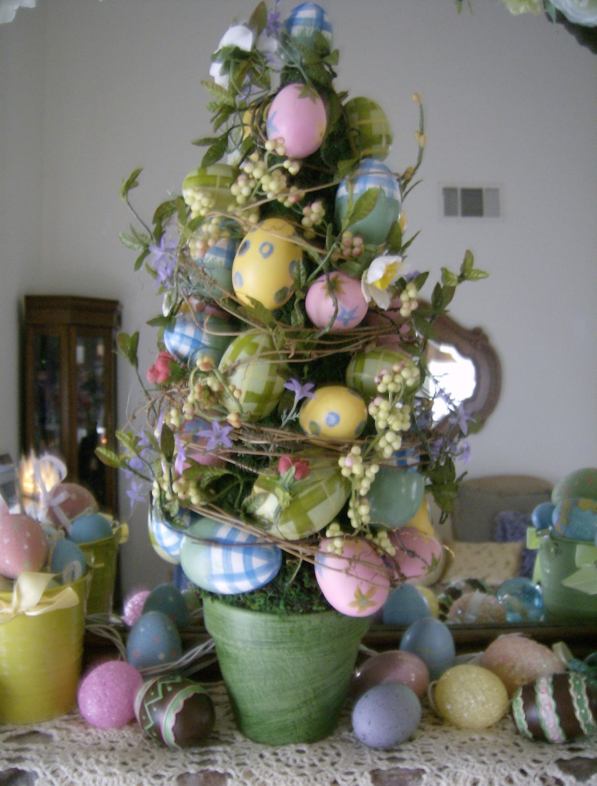 Robin 39 s nest easter mantle 2012 How to make an easter egg tree