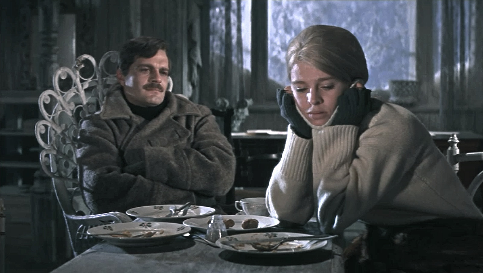 doctor zhivago During the russian revolution, yuri zhivago, is a young doctor who has been raised by his aunt and uncle following his father's suicide yuri falls in love with beautiful lara guishar, who has been having an affair with her mother's lover, victor komarovsky, an unscrupulous businessman.