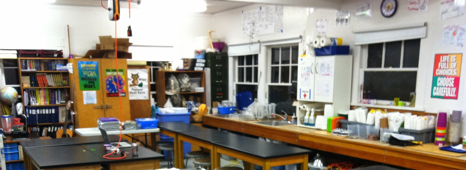 Innovative Science Classroom Design : Post its and ponderings a few words on classroom organization