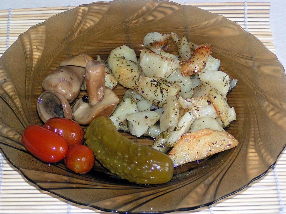 жарить картошку в мультиварке рецепты с фото