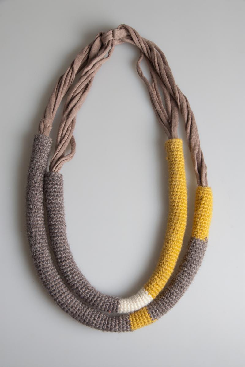 Anic by anna colli collane e bracciali lana e cotone - Collane di design ...