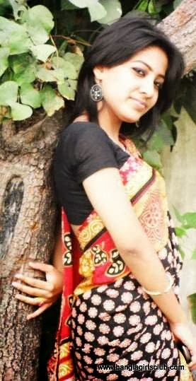 Beautiful+Bangladeshi+Village+Girl+Wearing+Sharee002