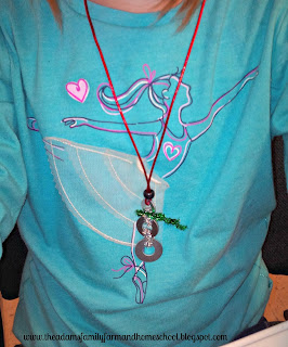 Snowman Necklace Craft