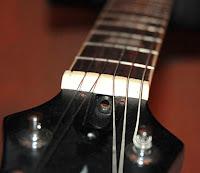 trus rod untuk gitar elektrik