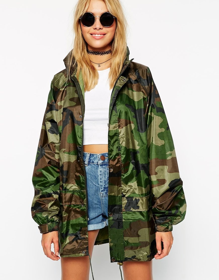 camouflage cagoule, camouflage print raincoat,