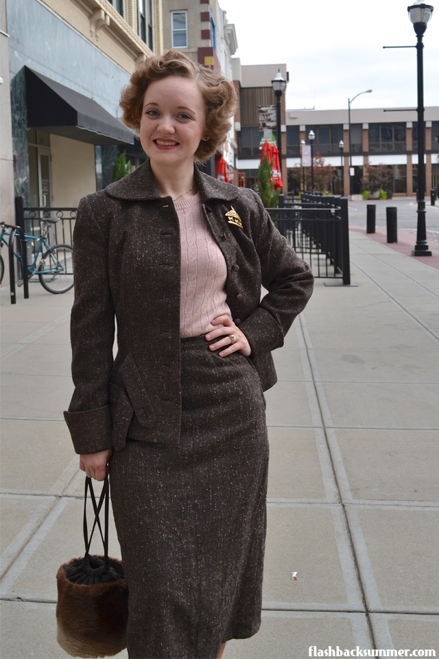 Flashback Summer: Power Suit - 1950s vintage suit