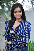 Nithya Shetty dazzling photo shoot-thumbnail-17