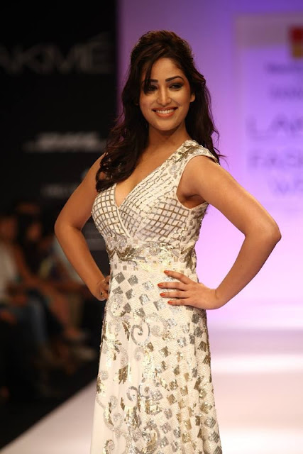 Mauritius Tourism Presents Ranna Gill- Lakme Fashion Week:  Winter/festive :  day 1 image