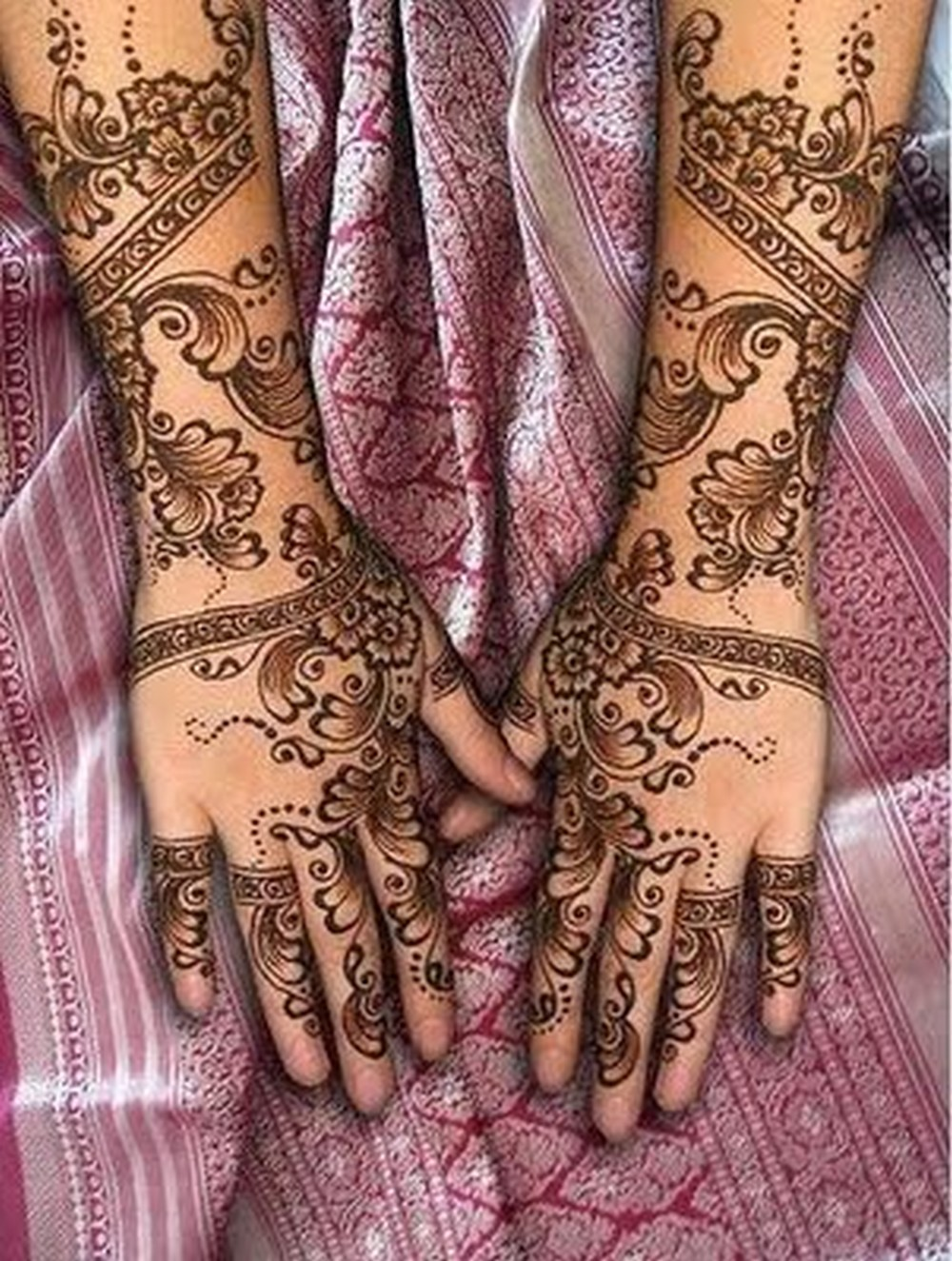 Mehndi Bridal Latest Design : Bridal mehndi designs for hands desings
