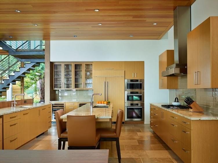 Casa moderna courtyard dise o en madera por deforest for Ventanales elevables