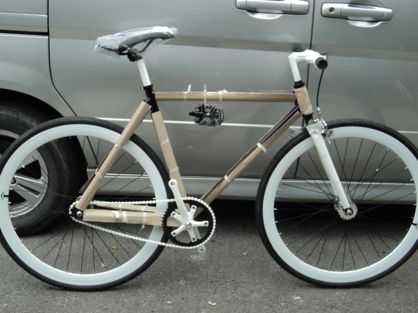 The Right Bike Store: 700C Imported New Fixed Gear Bicycle / Fixie ...