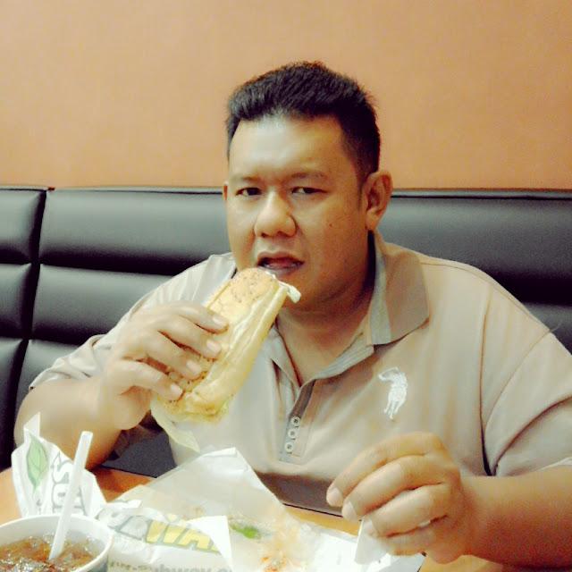 Pertama Kali Makan Subway