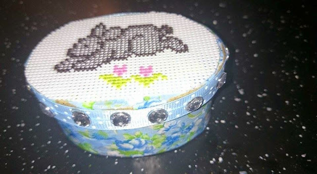 Creative Make ......   A different way of making a pincushion