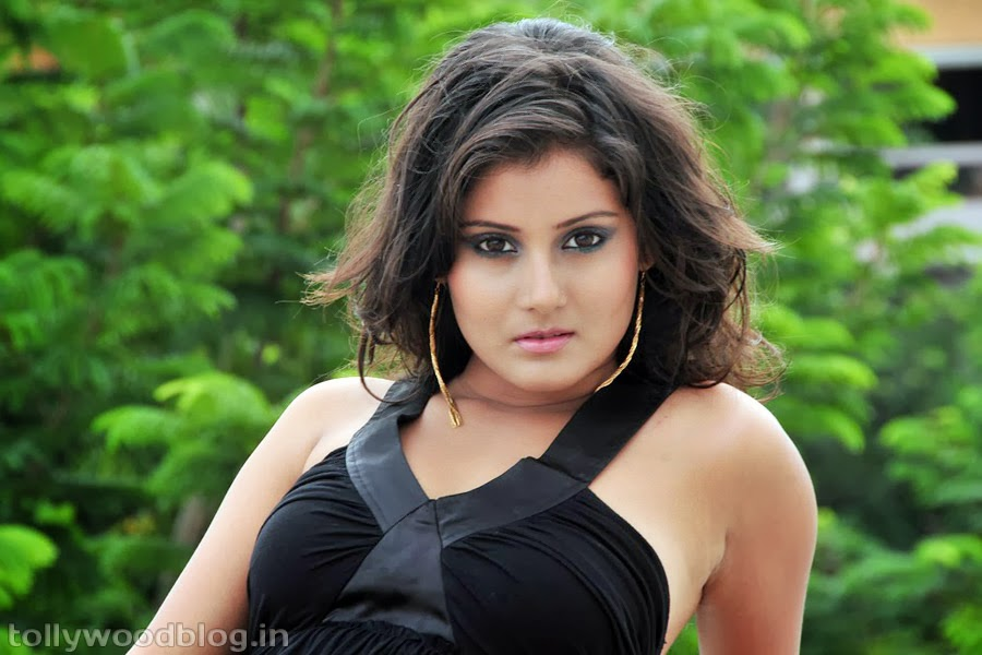 Archana gupta hot photoshoot wallpapers photos - Archana wallpaper ...
