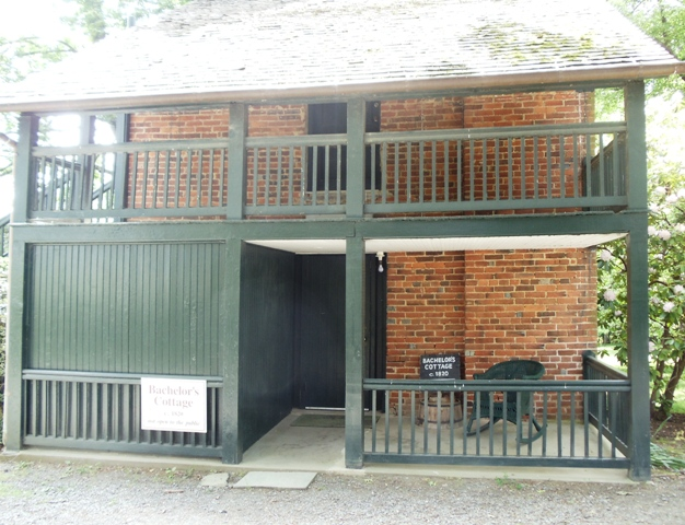 Bachelor's cottage at Oatlands, Leesburg, Virginia
