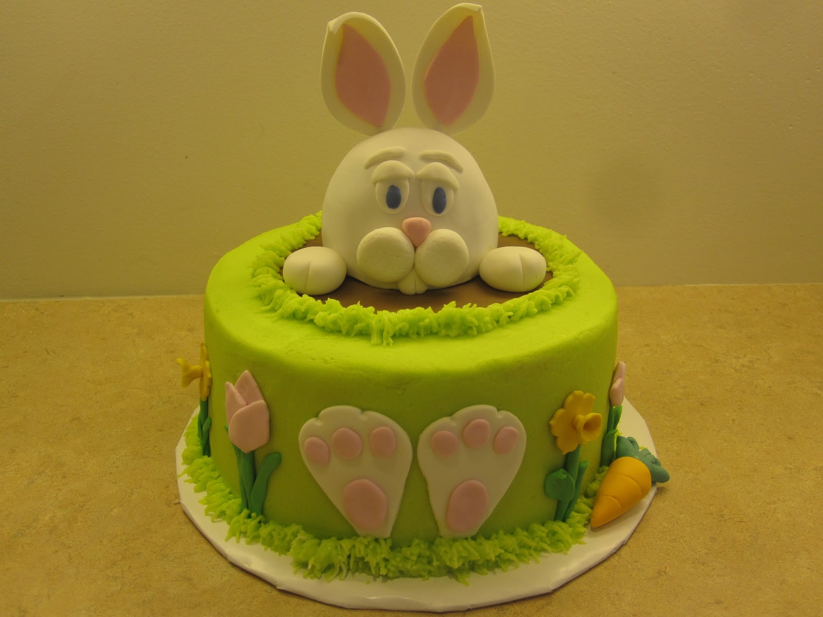 Images For Rabbit Cakes : Easter Bunny Rabbit Cake