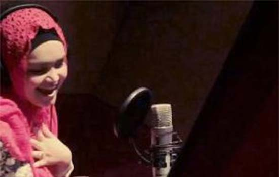 Siti Nurhaliza nyanyi lagu tamil