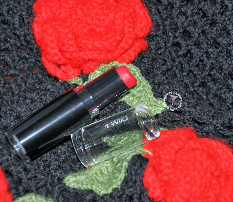 WET N WILD MEGA LAST LIPSTICK In RED VELVET