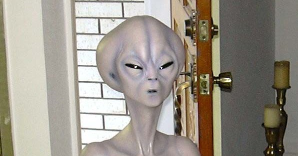 roswell conspiracy essay Read full essay click the button above to view the complete essay, speech, term paper, or research paper.