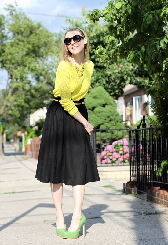 Asos Linen Midi Skirt Asos Skinny Waist Belt Madewell Pullover Jeepers Peepers Round Sunglasses Hive & Honey Hammered Open Circle Statement Necklace Leo Ventoni Bow Bag Pour La Victoire Irina Platform Pump Kenneth Cole New York Yellow Gold Watch Sally Hansen Xtreme Wear Mellow Yellow Sinful Colors Professional Innocent Nail Polish