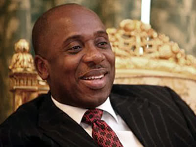 Drama In Rivers As Police Invade Amaechi's Aides' Residence, Withdraw Security Details