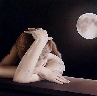 هل تعلم ان إكتمال القمر يؤثر على نومك ليلا - فتاة بنت حزينة حب غرام - sad girl moon love
