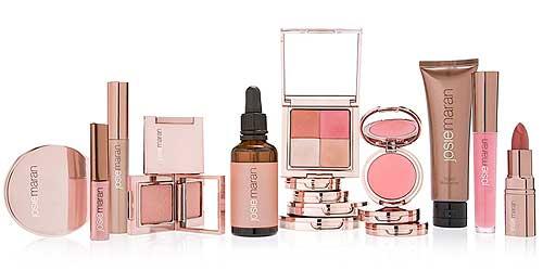 productos de maquillaje rosa cuarzo